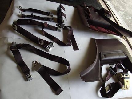 Complete Seat Belt Set Fonrt / Rear Burgundy Claret 1978 - 1987